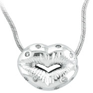 18K White Gold .21ct Diamond Studded Lips Pendant On Snake Chain Necklace