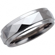 09.50 Dura Polished Faceted Design Band With Ridge