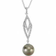 14kt White NECKLACE Complete with Stone 18.00 INCH ROUND 09.00 MM PEARL Polished 3/4CTW DIA AND PEAR