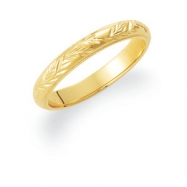 14kt Yellow 11.00 Hand Engraved Band