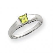 14k White Gold 4mm Peridot Ring