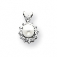 14k White Gold 4.5mm Pearl A Diamond pendant