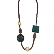 White Wood Aster & Serpentine Stone Slip-on Necklace
