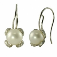 14K White Gold Freshwater Pearl Diamond Shepard Hook Earring