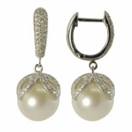 14K White Gold 11-12mm White Freshwater Pearl & Diamond Earring