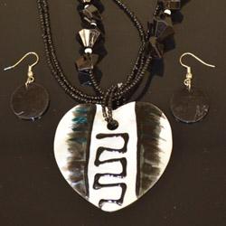 Black and White Heart Shaped Necklace and Earrings Set