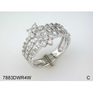 ROUND TAP BAGUETTE DIAMOND WITH 14K WHITE GOLD SET RING