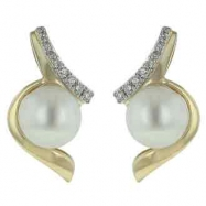 Freshwater Pearl Diamond Earring