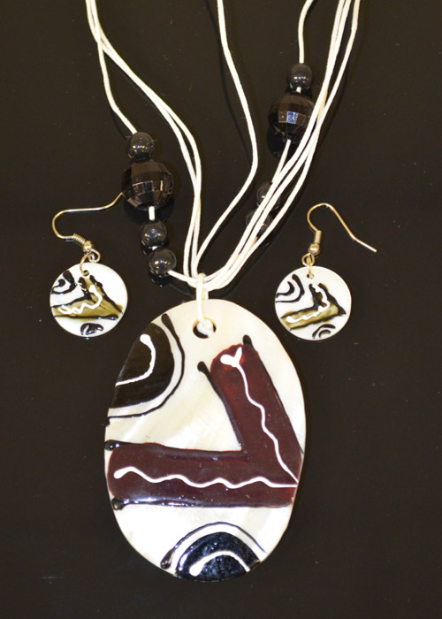 Black,Brown and White Oval Shaped Necklace and Earrings Set. Price: $9.95