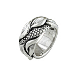 Sterling Silver Leaves and Scales Ring