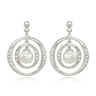 Fresh Water Pearl With Diamond Earring