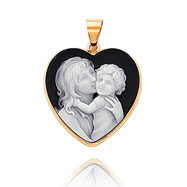 14K Yellow Gold 22mm Heart-Shaped Mother & Child Black Porcelain Cameo Pendant