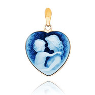 14K Yellow Gold 18mm Heart-Shaped Everlasting Love Agate Cameo Pendant