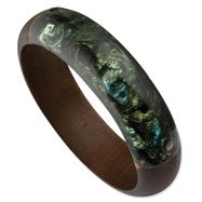 Natural Wood & Green Broken Capiz Round Bangle