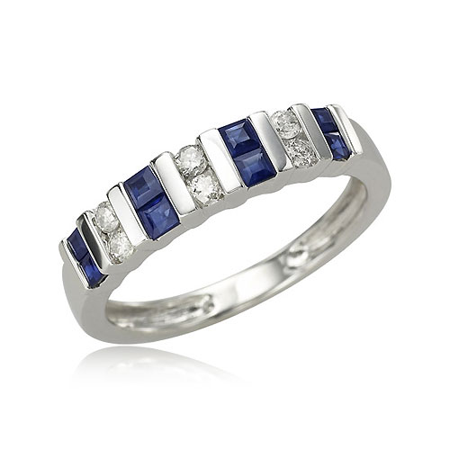 Blue Sapphire And Diamond Ring. Price: $608.00