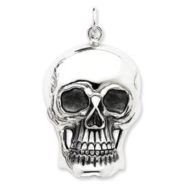 Sterling Silver Antiqued Skull Pendent. Price: $119.80